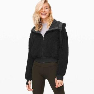 Lululemon Short Sweet and Sherpa Reversible Jacket